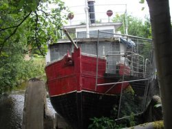 steam boat for woodworm, wet rot and dry rot inspection